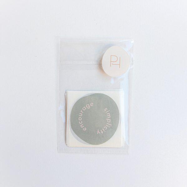 Sticker Escape the ordinary Powders & Hazel-1
